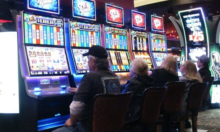 What Everyone Seems To Be Saying About Online Gambling